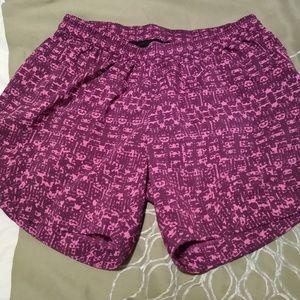 Size S/P Mountain Hardwear fuschia running shorts